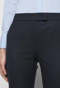 MAX&Co. - DINTORNO - Pantalon classique - midnight blue - 3