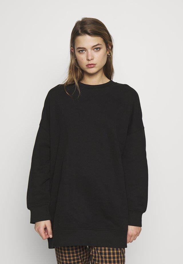 BEATA - Sweatshirt - black