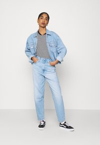 Levi's® - HIGH LOOSE TAPER - Jeans relaxed fit - near sighted tencel - 1