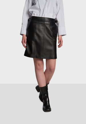 PAOLA - Leather skirt - black