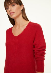 comma - LOOSE FIT - Jumper - red - 3