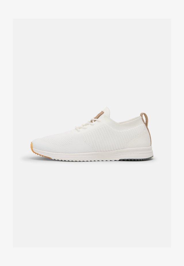 JASPER 4D - Sneakers laag - white