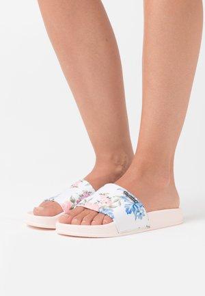 TACOTA - Pantofle - nude