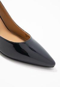 MICHAEL Michael Kors - DOROTHY FLEX D ORSAY - High heels - admiral - 2