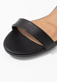Rubi Shoes by Cotton On - LOLA BLOCK HEEL - Sandály - black - 2