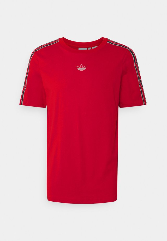 SPORT 3 STRIPE COLLECTION ORIGINALS - T-shirt con stampa - vivid red