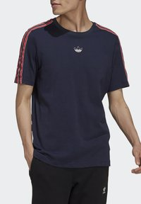 adidas Originals - STRIPE UNISEX - T-shirts print - legend ink - 3