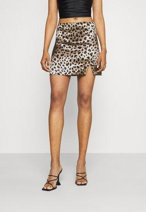 MINKY MINI SKIRT - Mini skirt - camel/black