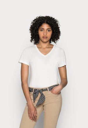 LULEA - Spodnie materiałowe - norse sand