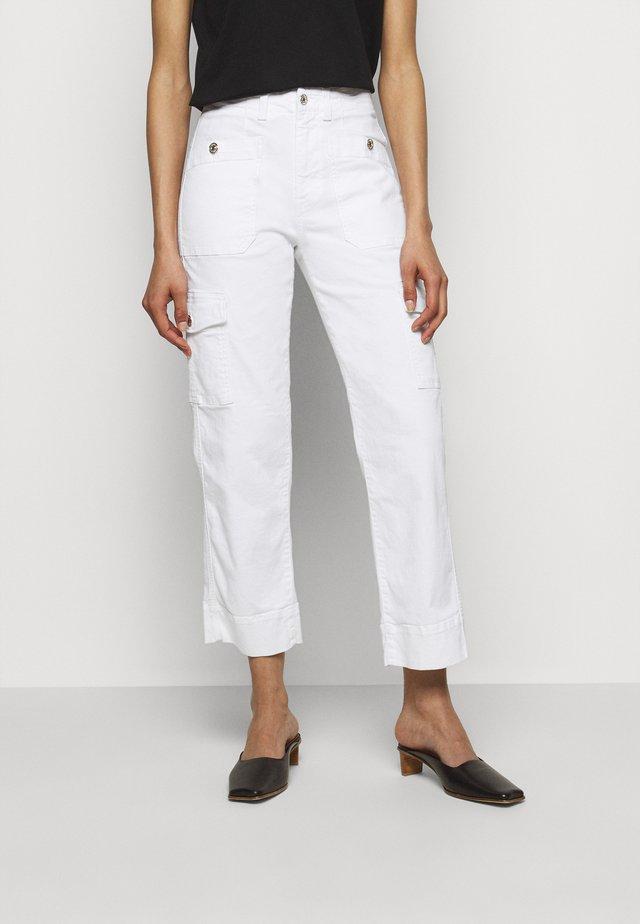 STRAIGHT CLOUD - Pantalon cargo - white