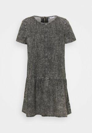 NMEMILIA DRESS - Day dress - medium grey denim