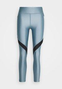 hushed turquoise/halo gray