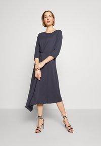 Patrizia Pepe - ABITO/DRESS - Day dress - lava grey - 0