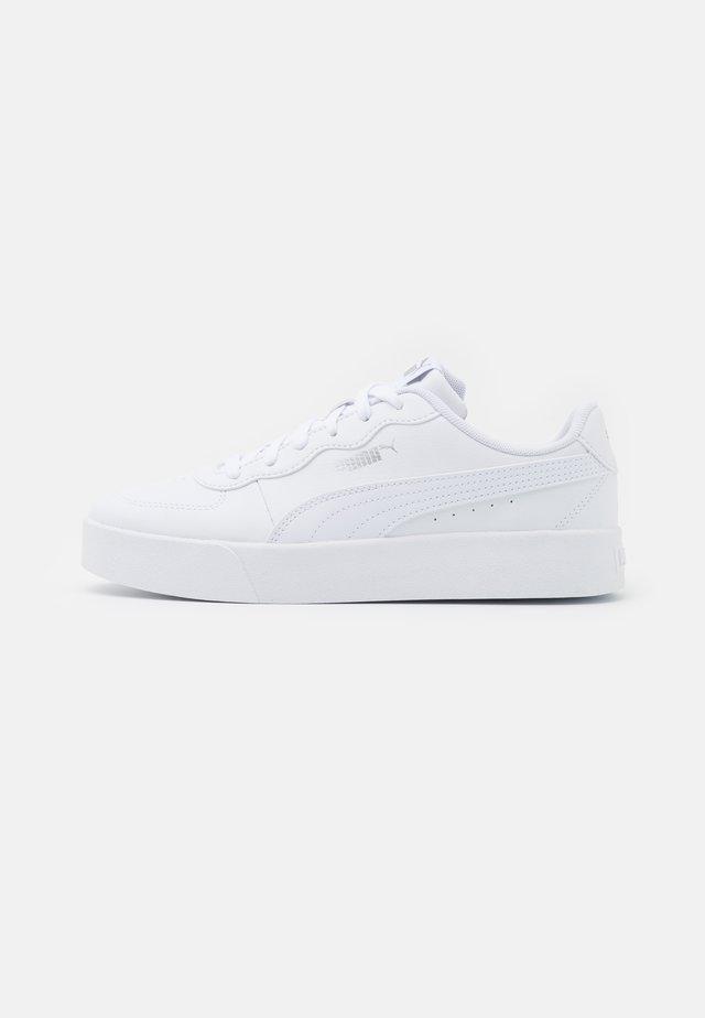 SKYE CLEAN - Sneakers laag - white/silver