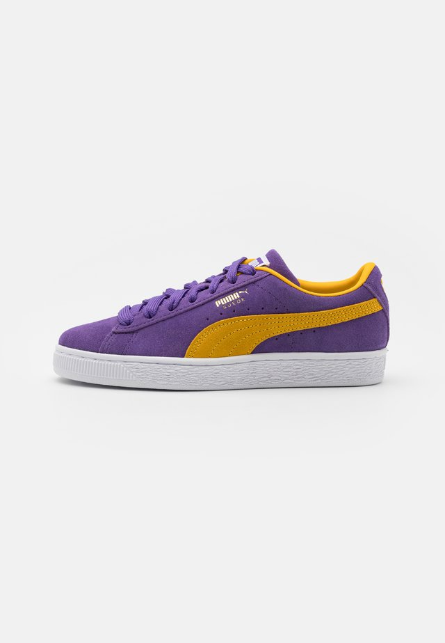 SUEDE TEAMS - Sneakers basse - prism violet/spectra yellow