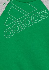 adidas Performance - UNISEX - Tepláková souprava - green/white/medium grey heather - 3