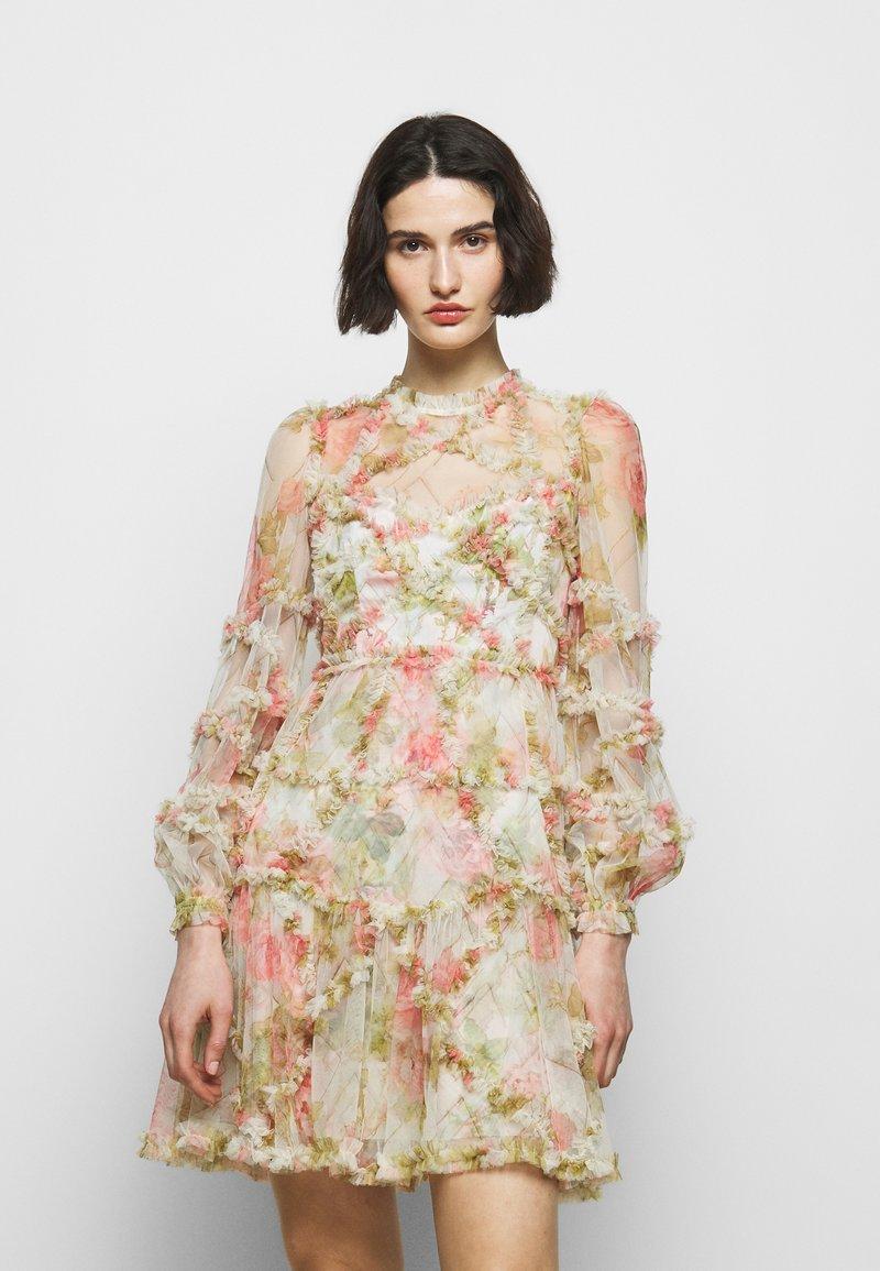 Needle & Thread - HARLEQUIN ROSE RUFFLE MINI DRESS - Koktejlové šaty/ šaty na párty - moonscape