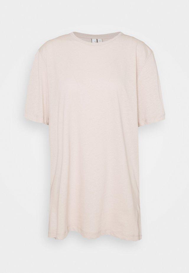 OVERSIZE TEE - T-shirt basic - light beige