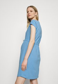 ONLY - OLMMAY LIFE DRESS - Jersey dress - allure - 2