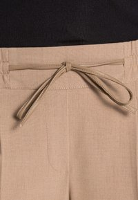 Opus - MELOSA TAPE  - Chinos - maple - 4