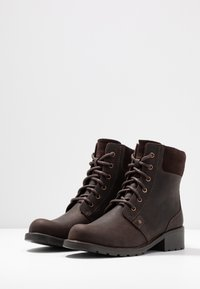Clarks - ORINOCO SPICE - Lace-up ankle boots - dark brown - 4