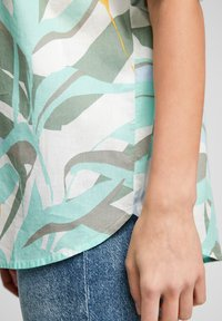s.Oliver - Overhemdblouse - turquoise aop - 4