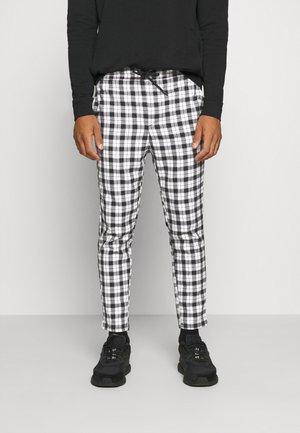 ONSLINUS CROPPED CHECK PANT - Pantalones - black