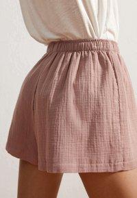 OYSHO - Shorts - light pink - 2
