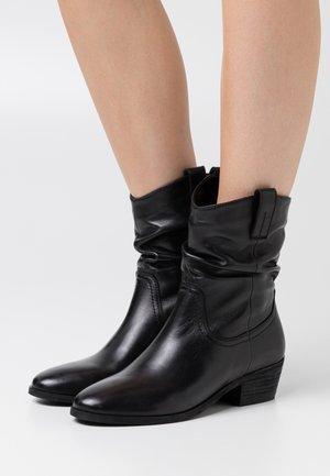 ADELINE - Cowboy/biker ankle boot - black