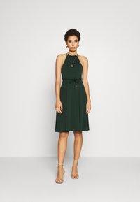 Anna Field - BASIC JERSEYKLEID - Jersey dress - scarab - 0