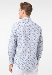 Pierre Cardin - GEBLÜMT - MODERN FIT - Shirt - light blue - 3