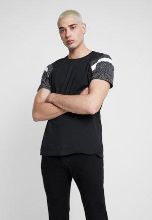 JCOMADSON TEE - T-shirt med print - black