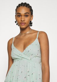 Hollister Co. - BARE FEMME SHORT DRESS - Day dress - mint - 3