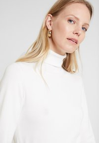 Kaffe - ASTRID ROLL NECK - Svetr - chalk - 5