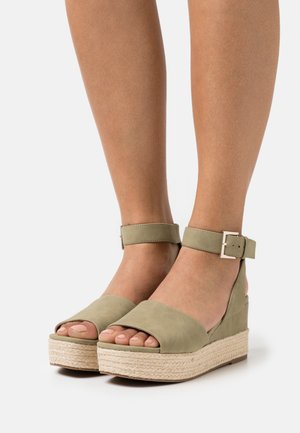 LILLIAN - Platform sandals - khaki