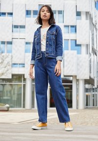 Lee - WIDE LEG - Jeans relaxed fit - rinsed denim - 2