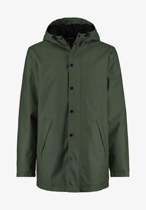 Waterproof jacket - cascade