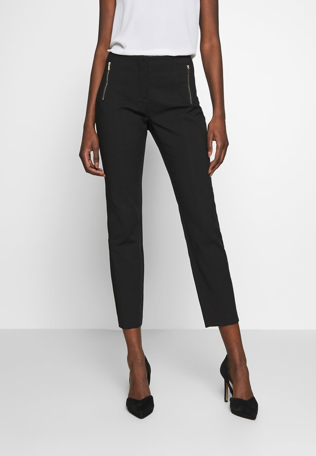 BASIC SLIM TROUSERS - Chinot - black