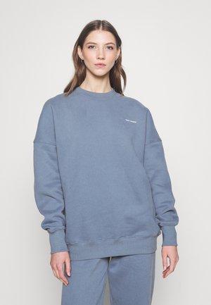 LOGOCREWNECK - Sweatshirt - midnightnight