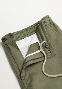 Mango - Shorts - khaki - 7