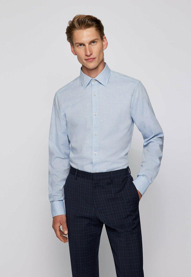 BOSS - Formal shirt - light blue