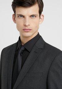Bruuns Bazaar - KARL SUIT - Suit - black - 6