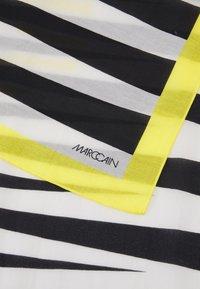 Marc Cain - Sjal - white/black - 4