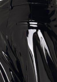 Victoria Beckham - HIGH WAIST SLIM TROUSER - Trousers - black - 2