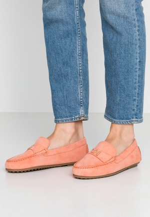 TH HARDWARE MOCASSIN - Mokkasiner - island coral