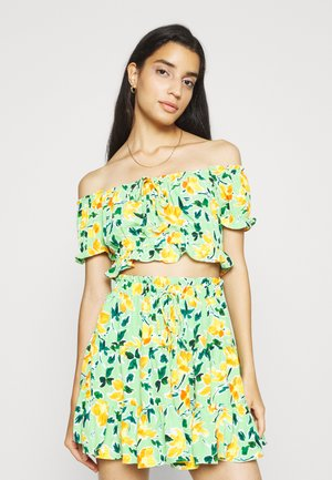 Blouse - green painted floral