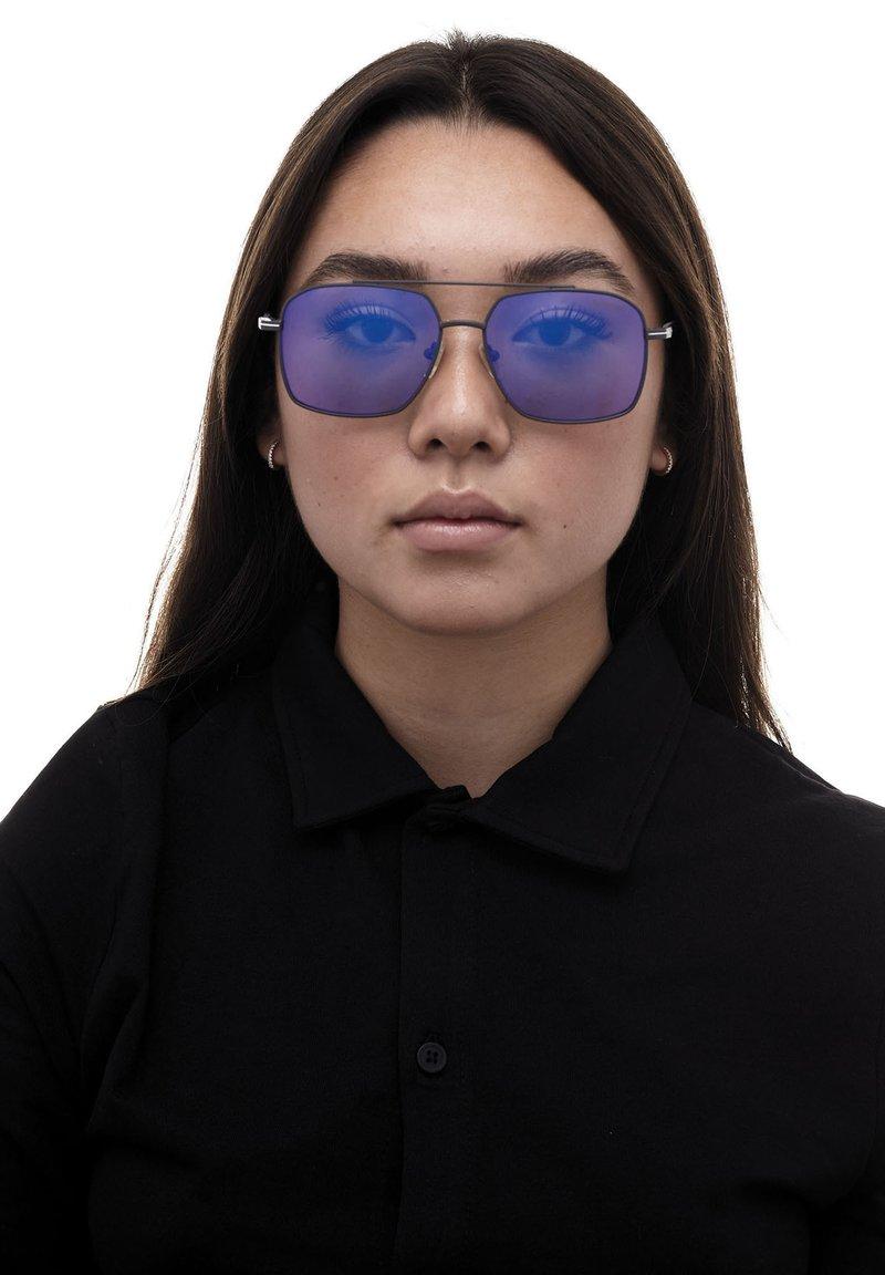 Formula 1 Eyewear - Sunglasses - blue