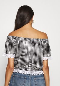 Hollister Co. - SAFFY - Blouse - black/white - 2