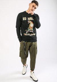 Ed Hardy - TIGER-MOUNTAIN CREW NECK SWEATSHIRT - Sweatshirt - black - 1