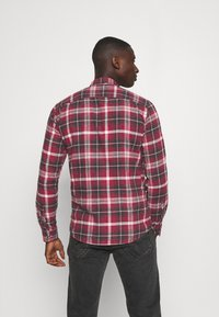Only & Sons - ONSBOBBY WASHED CHECK - Skjorta - sun dried tomato - 2